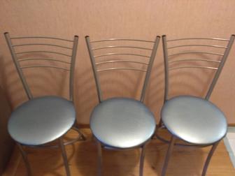 Скачать фото  Продам кухонные стулья 38888443 в Дмитрове