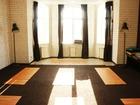 Смотреть foto Коммерческая недвижимость Аренда залов, КОРИЧНЕВЫЙ ЗАЛ (вместимость до 30 человек) – 42 кв, м, стоимость 600 р/час, 37067456 в Екатеринбурге
