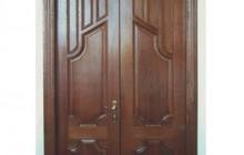 Двери межкомнатные, входные- массив