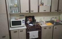 Кухонный гарнитур с плитой, самовывоз