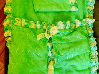 Конверт для выписки,  В конплекте: тонкое одеало, толстое одеало, конверт,  Использовали только один раз, Состояние: Новый в Якутске