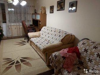 Продается 3-х комнатная квартира ул/планировки в тихом, спальном районе города,  Развитая инфраструктура, рядом школа, детские сады, магазины, Променад 2, остановки, в Кемерово