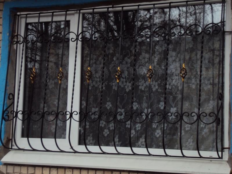 Краснодар: решетки на окна, двери, балконы цена 1700 р., объ.