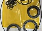 Просмотреть изображение  Комплект колец с манжетой редуктора и манжетами валов Hitachi HPV118 68694987 в Краснодаре