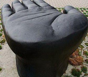Изображение в   Креативный скульптурный стол из металла. в Краснодаре 0