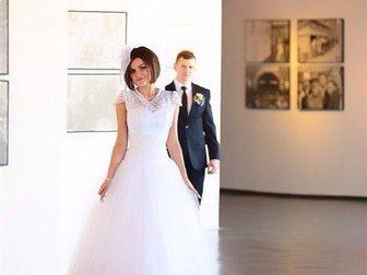 Увидеть фото Свадебные платья Свадебное платье размер 44-48 33321712 в Красноярске
