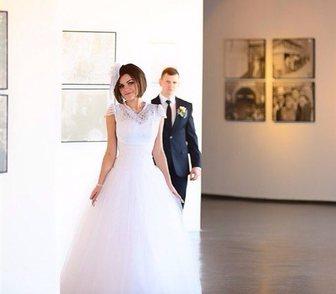 Foto в Одежда и обувь, аксессуары Свадебные платья Свадебное платье- закрытый верх (кружева), в Красноярске 5000