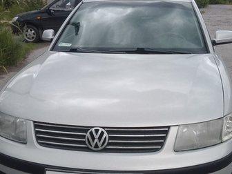 Просмотреть фото  Volkswagen Passat серебряный седан, 1999 г 33147421 в Москве