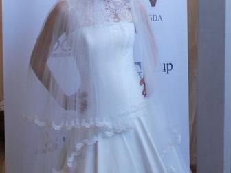 Свежее фото  свадебное платье прямого силуэта 40053940 в Москве