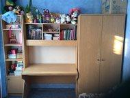 Стенка для детской Продам стенку светлого цвета для детской комнаты в хорошем со