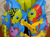 Жилет, Шапочка для бассейна Вид товара: Товары для купания     Жилет б/у в хорош