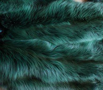 Фото в Одежда и обувь, аксессуары Аксессуары Продаются шкурки разноцветной лисы  В наличии в Москве 3500