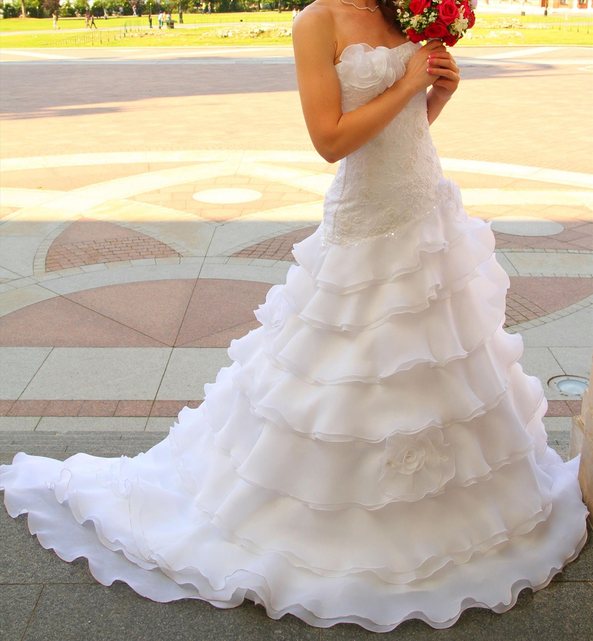 Свадебные платья цена в рублях