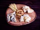 Скачать бесплатно изображение Сыры К красному вину 4 сорта сыра за 1000 р 40274216 в Москве