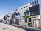 Новое изображение  Недвижимость в Испании, Новые бунгало рядом с гольф полем от застройщика в Ориуэла Коста 69909777 в Москве