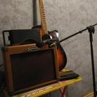 Электроакустическая гитара, Комбик