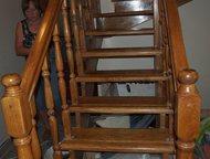 Двухмаршевая дубовая лестница б/у Продаю: Двухмаршевая дубовая лестница б/у , пр