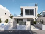 Недвижимость в Испании, Новые виллы рядом с пляжем от застройщика в Миль Пальмер