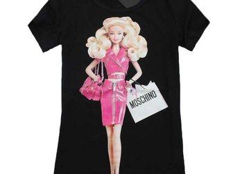 Скачать фото Женская одежда Футболка женская Moschino Barbie 33120124 в Москве