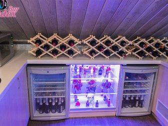 Новое foto Производство мебели на заказ Стойка барная из шпона и массива дуба 33316769 в Москве