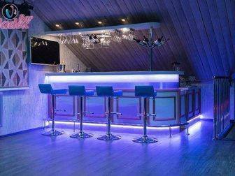 Смотреть фотографию Производство мебели на заказ Стойка барная из шпона и массива дуба 33316769 в Москве