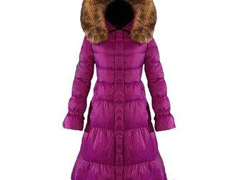 Скачать фото  Зимнее длинное женское пальто-пуховик от Moncler 33374062 в Москве