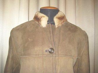 Просмотреть фото Женская одежда Дубленка натуральная женская 48 р б/у 33985631 в Москве