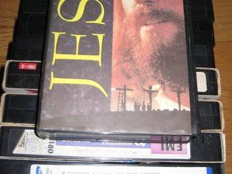 Новое foto Разное Видеокассеты VHS (приключения, комедии) 34155533 в Москве
