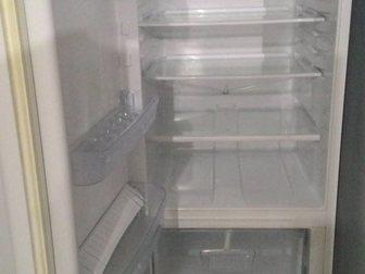 Смотреть foto Холодильники Холодильник Indesit B15, 025, бу, с доставкой 34213655 в Москве