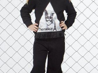 Уникальное фотографию  Спортивные костюмы для детей и подростков 34689055 в Москве