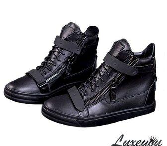 Фото в Одежда и обувь, аксессуары Мужская обувь Стильные сникерсы от Giuseppe Zanotti . В в Москве 6900
