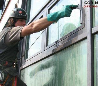 Изображение в   Оперативно быстро отмоем окна зданий Москвы в Москве 25