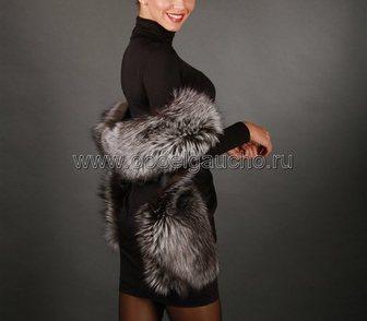 Фото в Одежда и обувь, аксессуары Женская одежда Сто лет прошло, как дамы в гардеробе театра в Москве 8900