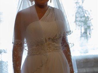 Просмотреть foto Свадебные платья Свадебное платье и перчатки 33151903 в Новосибирске