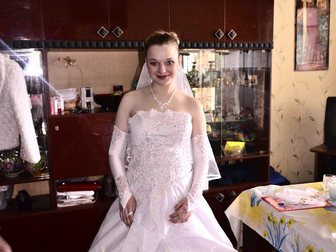 Смотреть фото Свадебные платья Продам шикарное свадебное платье 33395692 в Новосибирске