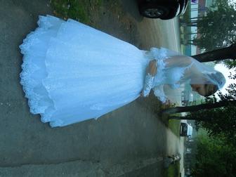 Смотреть foto Свадебные платья очень красивое свадебное платье 36696105 в Новосибирске