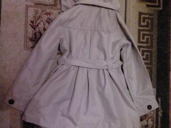 Смотреть изображение Детская одежда Продам плащ осенний на девочку р-р128 36903851 в Новосибирске