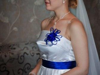 Смотреть foto Свадебные платья продам свадебное платье 37593876 в Новосибирске