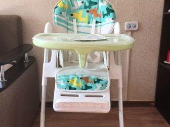 Продам стул для кормления 0 , в идеальном состояние, расцветка подойдёт как для мальчика так и для девочки,  Использовался не долго,  Стул может использоваться в в Новосибирске