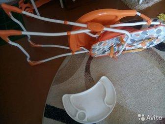 Продам стульчик для кормления Geburt в отличном состоянии,  Складной ,  Столик снимается,  Покрытие стульчика легко моется и не пачкается,  Пользовались мало,  Ремни в Новосибирске