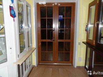 Пластиковая дверь входная Прочность: А класс Материал: ПВХ Назначение: наружная Звукоизоляция: Не менее 26 дБА Проницаемость воздуха не больше 3,5 м?/(чхм2) EN 14359 в Новосибирске