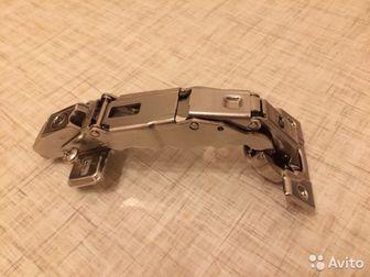 Продам мебельные петли Blum clip top blumotion, на 110 градусов - 150? шт,  (15штук), 155 градусов - 300? шт,  (10штук), (Новые), в Новосибирске