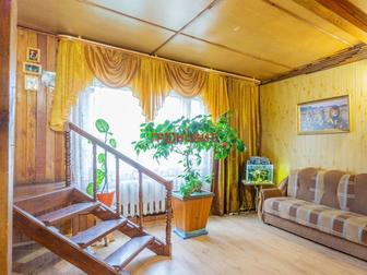 Продам чудесный двухэтажный дом с сауной и очаровательным садом на ухоженном земельном участке,  Дом расположен в уникальном месте: в шаговой доступности Обь, красивый в Новосибирске