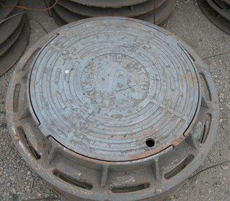 Фото в Строительство и ремонт Строительные материалы Люк чугунный устанавливается на смотровые в Новосибирске 6780