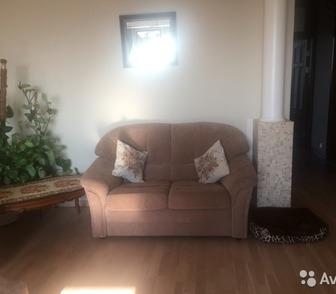 Фотография в   Продадим комплект классических диванов для в Новосибирске 30000