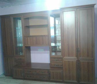 Изображение в Мебель и интерьер Мебель для гостиной Продам стенку б\у 5 лет, в отличном состоянии. в Новосибирске 8000