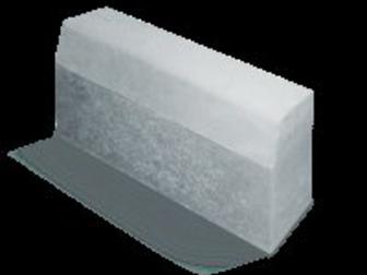 Просмотреть foto Строительные материалы Бордюрный камень с доставкой в ближайшее Подмосковье 21216181 в Одинцово