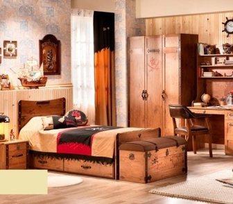 Фото в Мебель и интерьер Производство мебели на заказ Летят года, и ребенок незаметно подрастает. в Омске 0