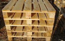 Организация на постоянной основе продает деревянные поддоны