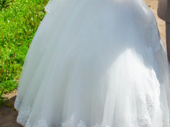 Просмотреть фото Свадебные платья продам 36755941 в Перми